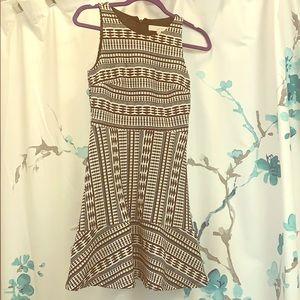 NEW 💕Gorgeous black & white Loft dress